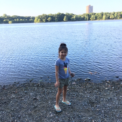 Cassidy is at Jamaica Pond in Boston for the adventure challenge