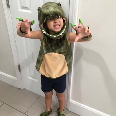 Cassidy is ready for Dinosaur Camp