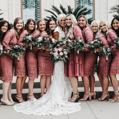 Wedding day with bridesmaids in Julia Lace! 💗