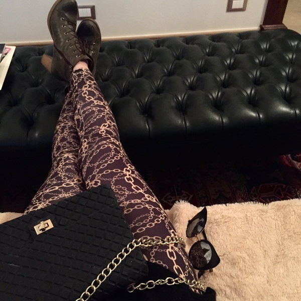 Chain me in Gold legging